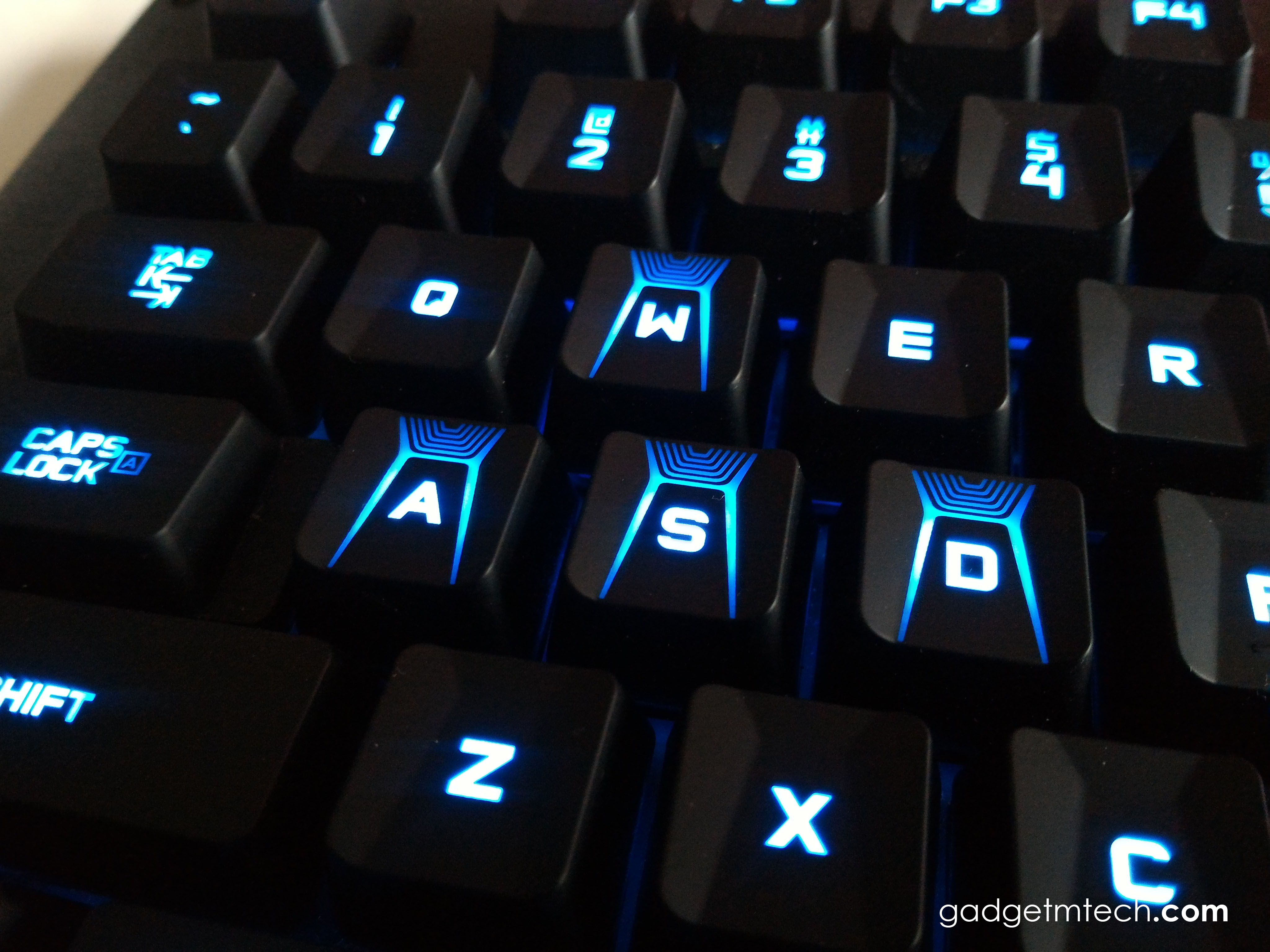 Logitech G310 Atlas Dawn Review_6