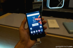 Sony Xperia X Compact_1