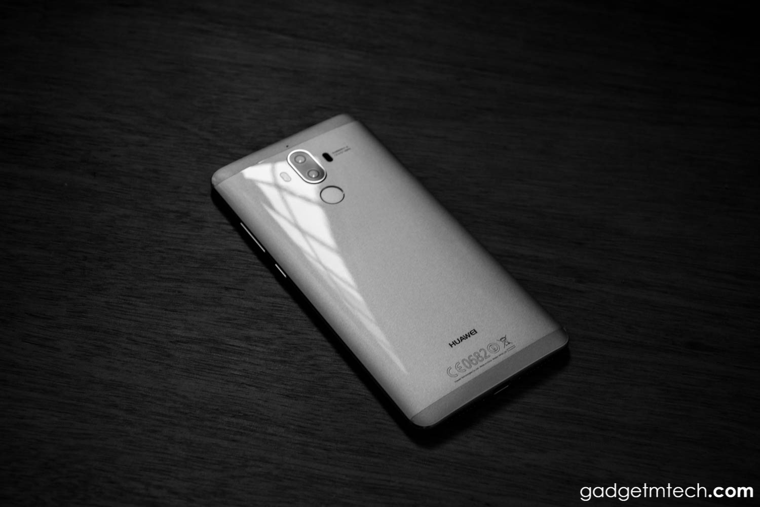 Huawei Mate 9 Review: Good Old Days
