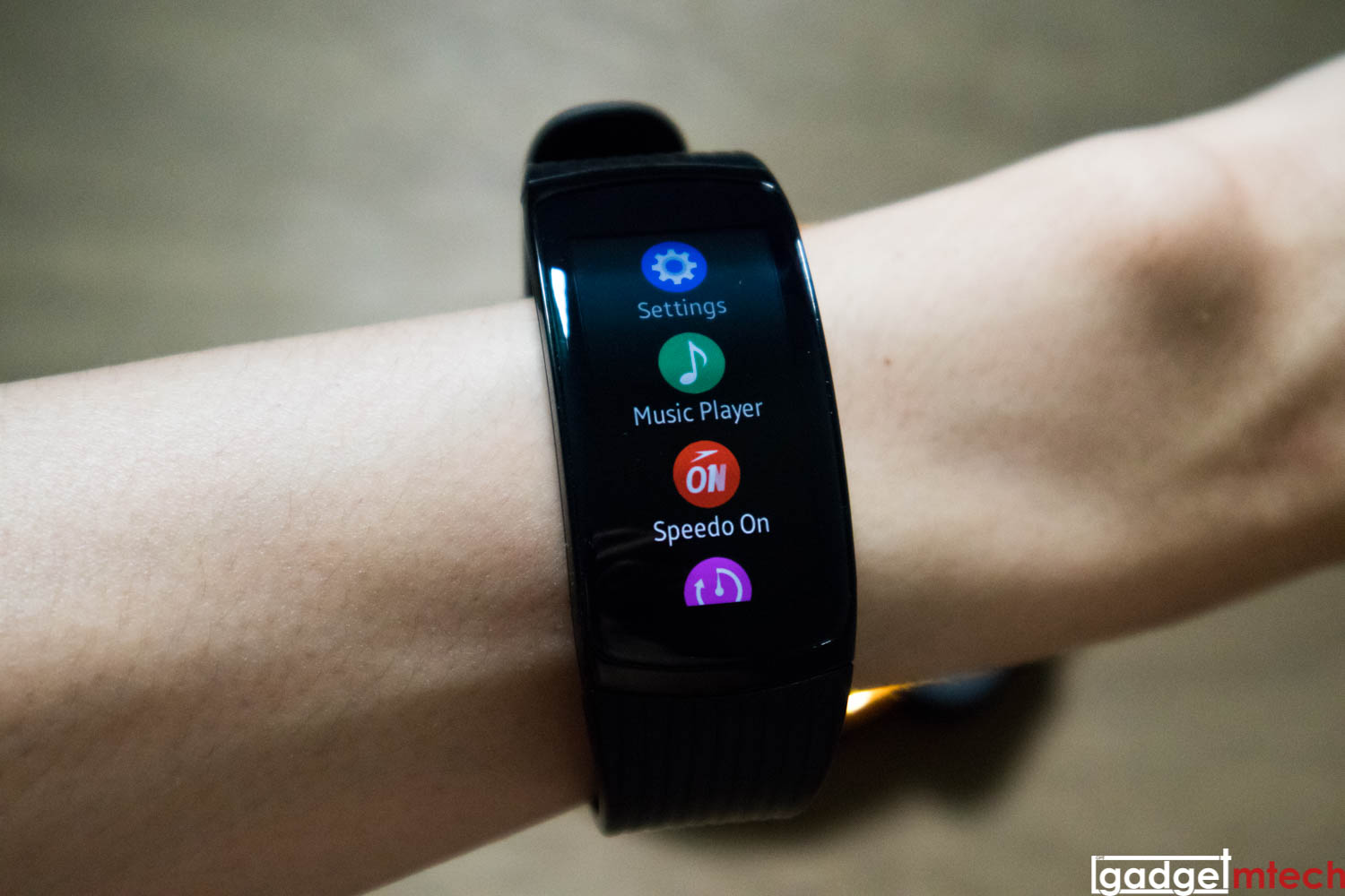 Samsung Gear Fit2 Pro Review_10